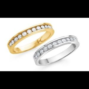 0.25 CTW Diamond Channel Band in 10k Gold Sz 6